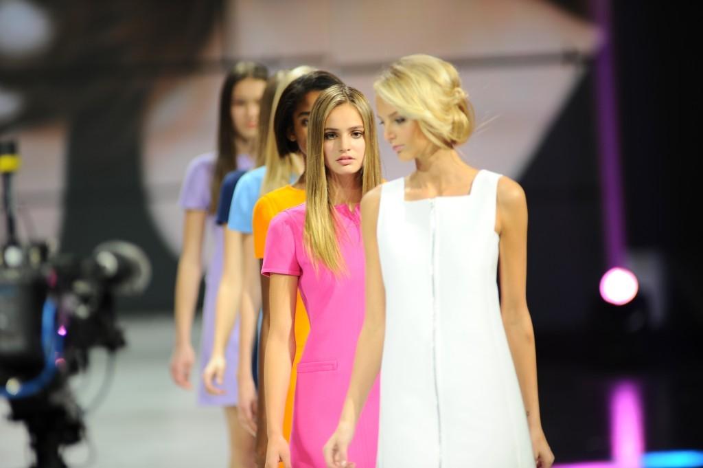 Model handbook elite model look how to become a fashion show choreographer with vikki burns model handbook ccuart Gallery